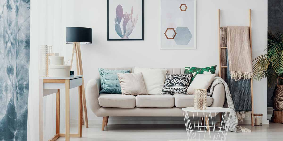 Bright, Clean and Organized Sitting Area.
